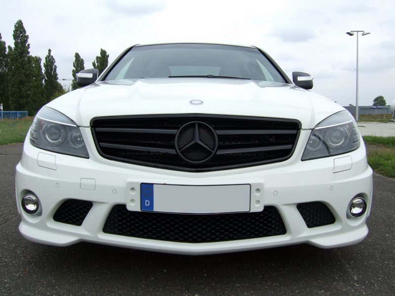Mercedes C63 AMG tuning by AVUS