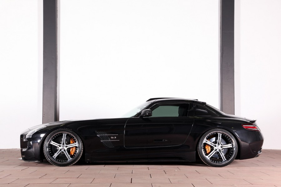 MEC Design W197 SLS 63 AMG indoor (32)