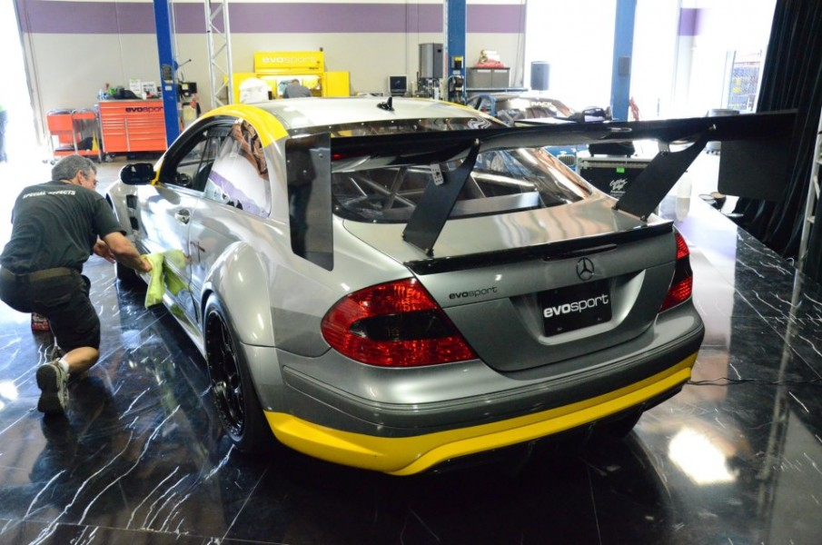 Mercedes_AMG_CLK63_Black_Series_Evosport-4