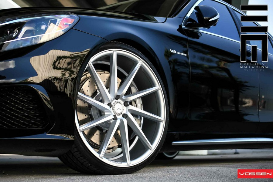2014-mercedes-s63-amg-vossen-22-inch-wheels-2