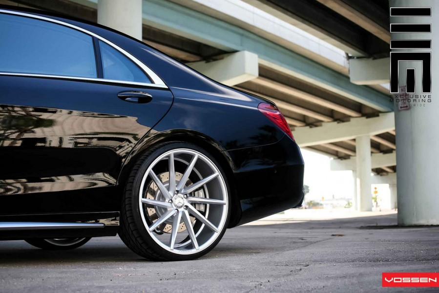 2014-mercedes-s63-amg-vossen-22-inch-wheels-5