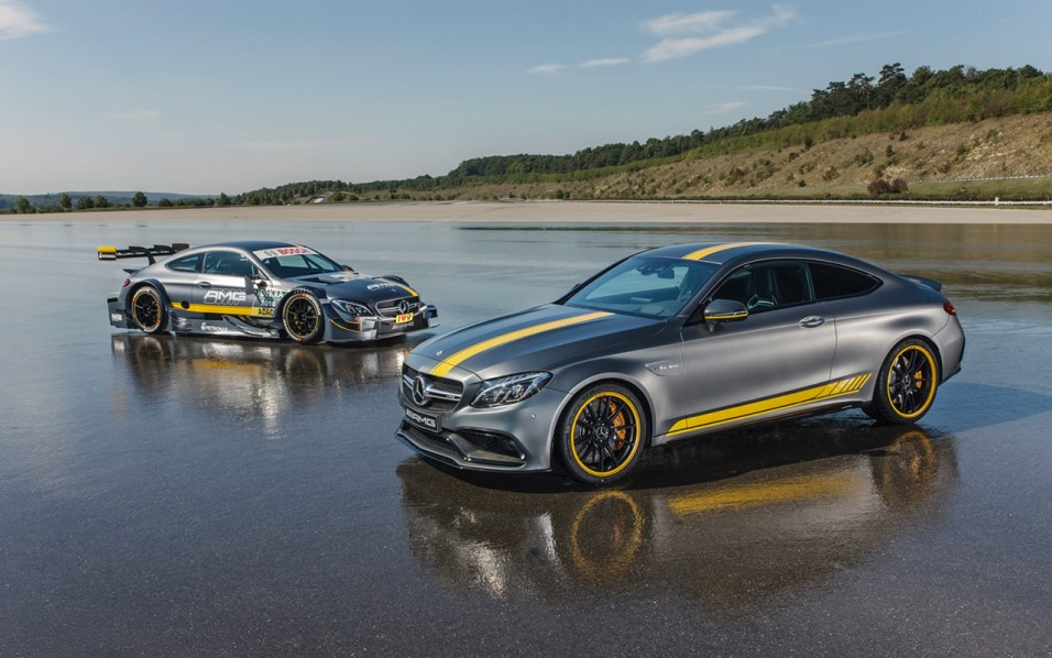 2016-Mercedes-AMG-C-63-Coupe-1